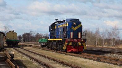 Infra en Lituanie, scènes de travaux au bord des voies