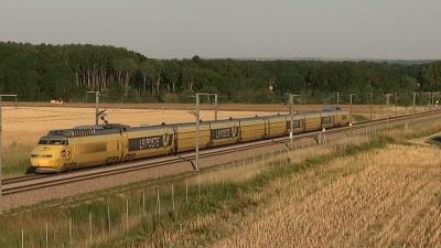 Un début de soirée dans l'Yonne. Du TGV sur la LN1 !